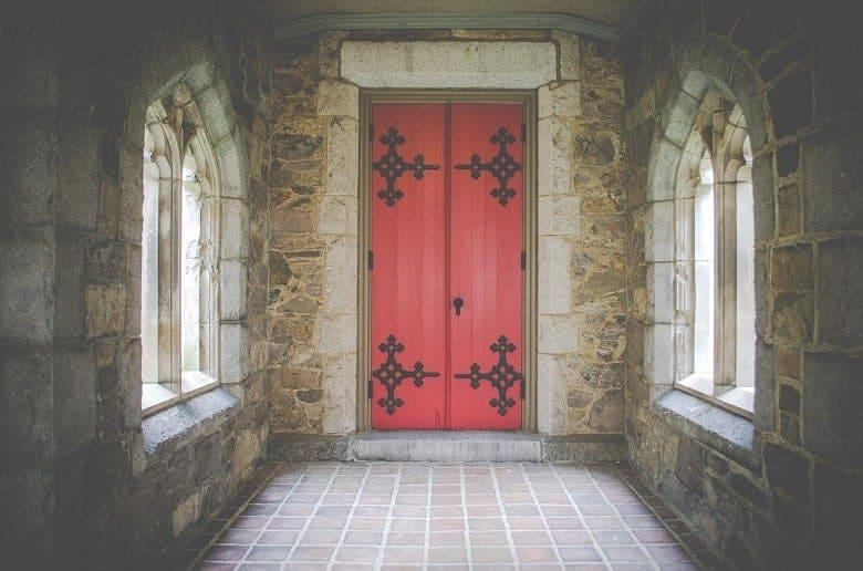 How to Soundproof a Hollow Door